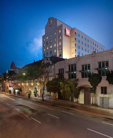 ibis Rajawali Surabaya - Featured Image