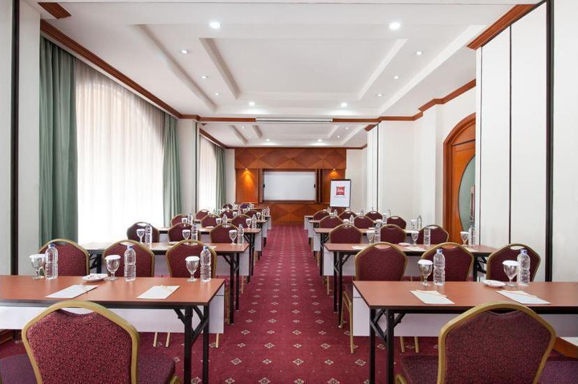 ibis Rajawali Surabaya - Meeting Facility