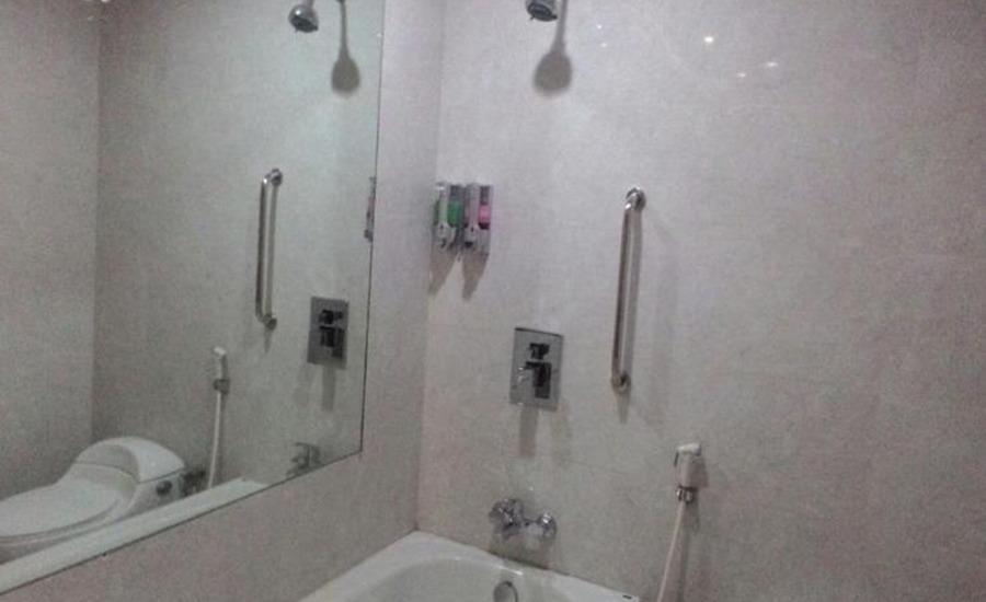 Hotel Kharisma 2 Madiun Madiun - Kamar mandi