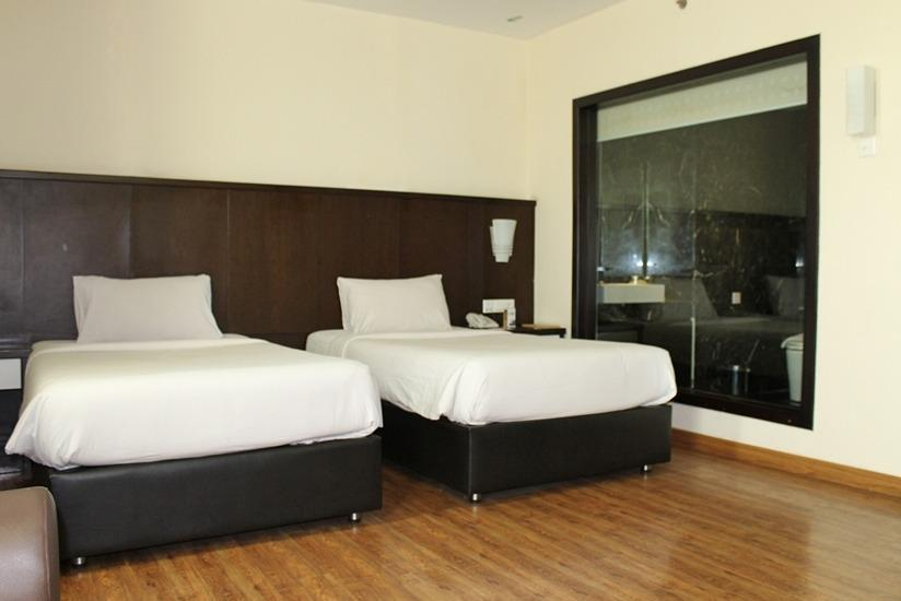 BCC Hotel  Batam - Executive Deluxe Twin Promo