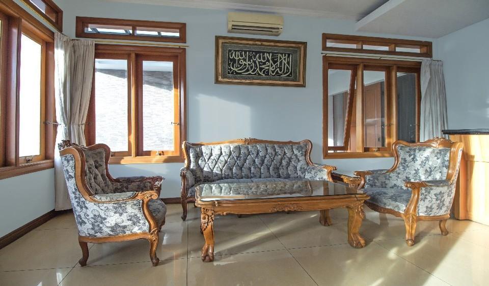Rizen Kedaton Residence Jakarta - Interior