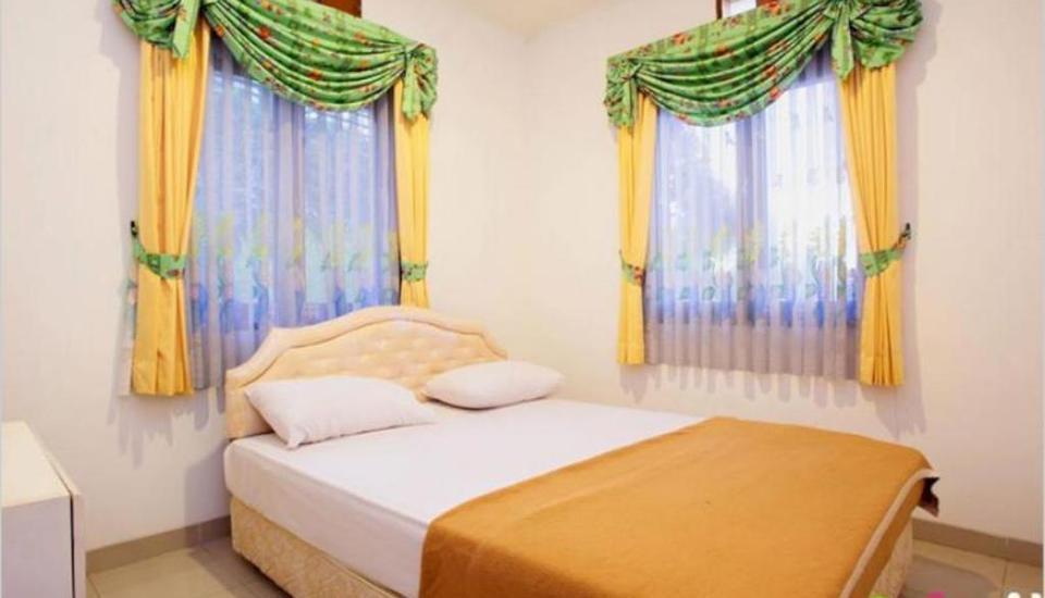 Villa Gerbera II Istana Bunga Lembang Bandung - Kamar