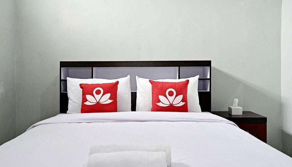 ZenRooms Godean Yogyakarta - Tampak tempat tidur double