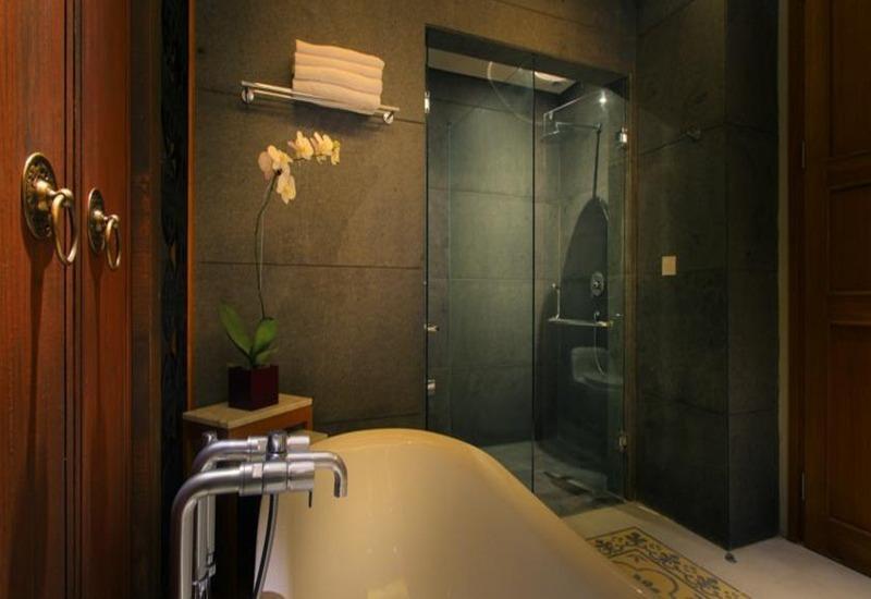 The Haven Suites Bali Berawa - Kamar mandi
