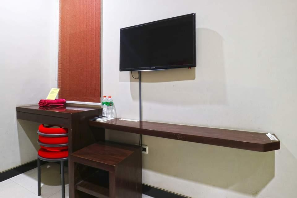 Chiaro Hotel Surabaya - Room