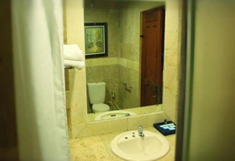 Hotel Gren Alia Cikini Jakarta - Kamar mandi