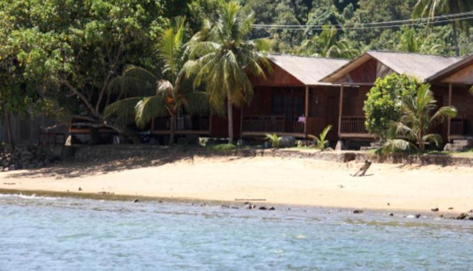 Cavery Beach Hotel Padang - Pemandangan