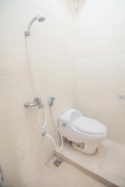 OYO 201 EMDI House Timoho Yogyakarta - Bathroom