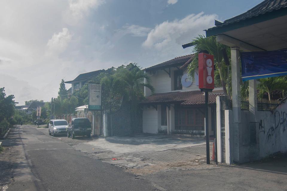 OYO 201 EMDI House Timoho Yogyakarta - Facade