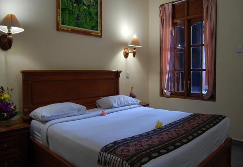 Stana Puri Gopa Bali - Deluxe Room - With Breakfast Basic Deal promo - 37%