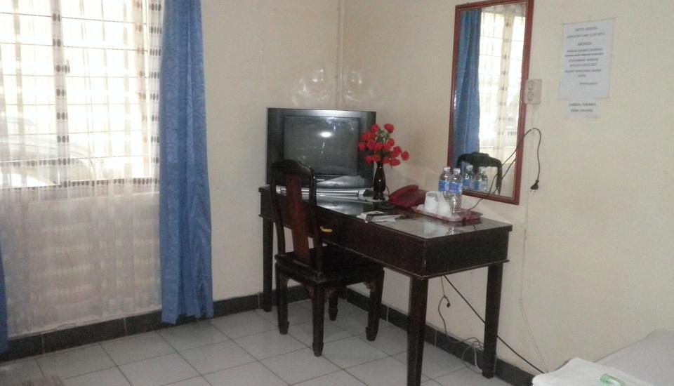 Hotel Midoo Banjarmasin - a