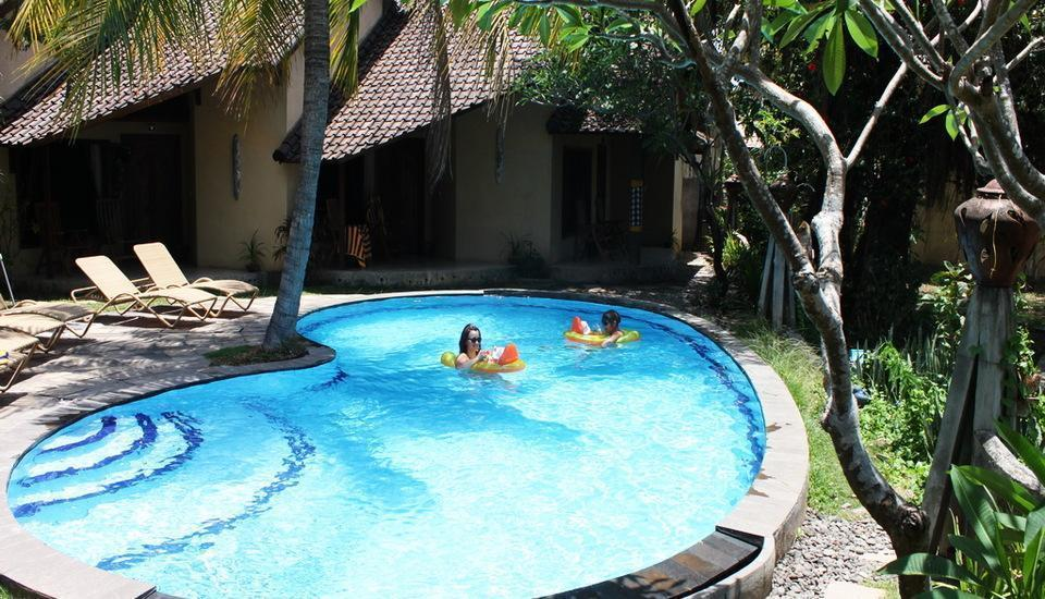 Hotel Uyah Amed - Pool Side Bungalow With Fan Save 15%