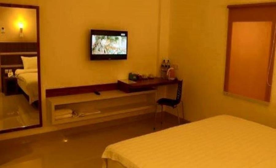Hotel 929 Lubuk Linggau Lubuklinggau - Deluxe Room Regular Plan