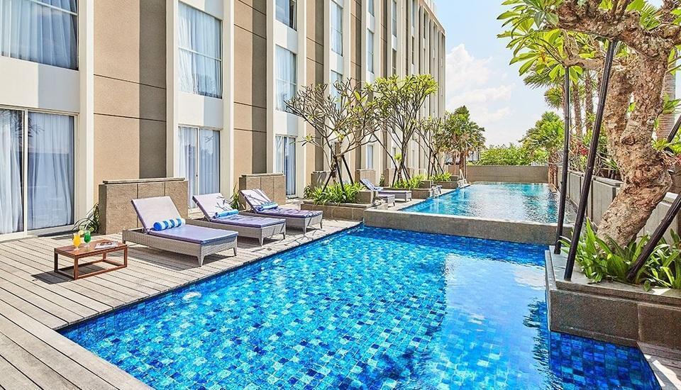 Premier Inn Surabaya� - Pool