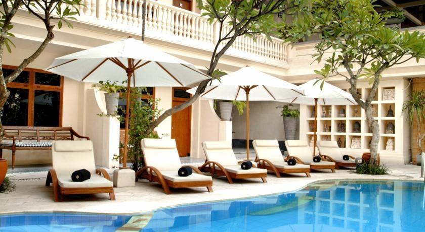Wida Hotel Bali - Outdoor kursi