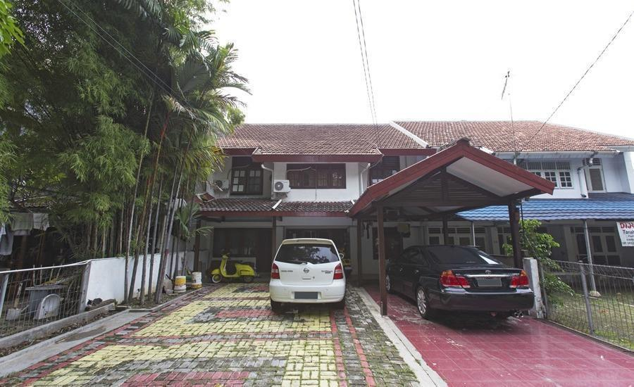 RedDoorz @Cempaka Putih Barat Jakarta - Eksterior