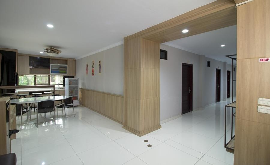RedDoorz @ Taman Simpruk Cikarang Jakarta - Interior