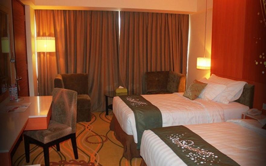 Grand Allison Hotel Sentani - Deluxe Twin Room Promo Pegipegi.com