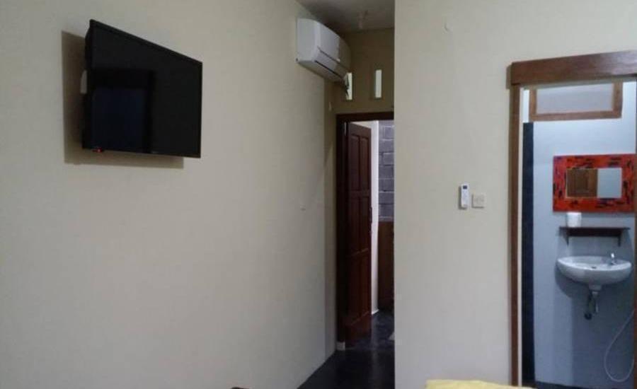 Ndalem MJ Homestay Yogyakarta - Interior