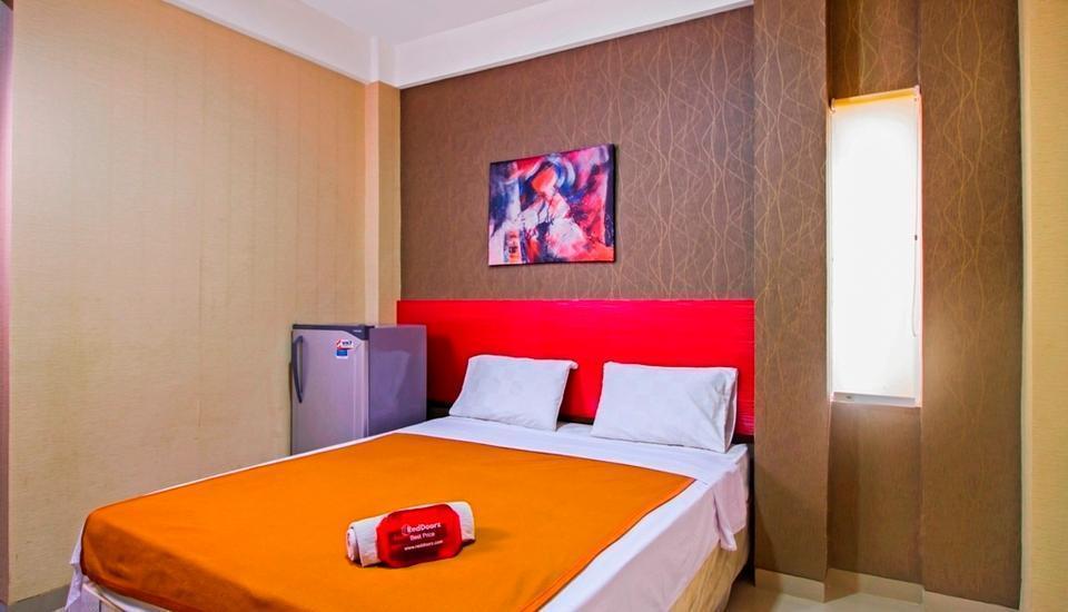 RedDoorz near Cilandak Town Square Jakarta - Kamar tamu