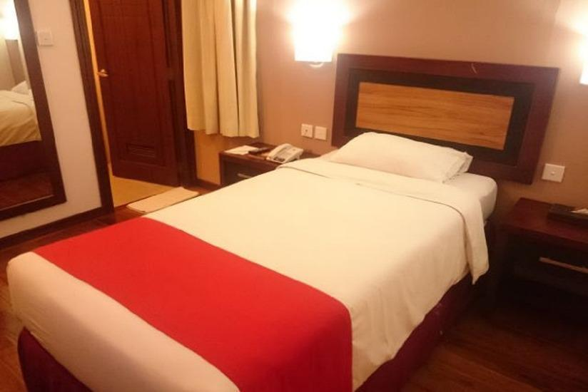 Lampion Hotel Solo - Tempat tidur single