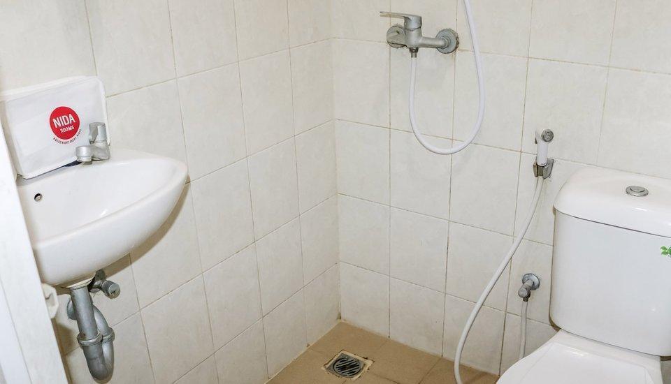 NIDA Rooms Mangga Besar Station Jakarta - Kamar mandi