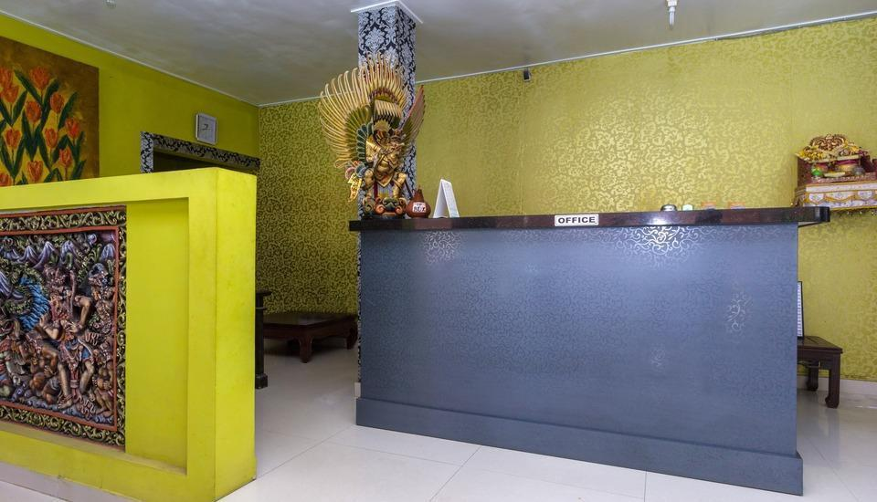 RedDoorz @Legian Tengah Bali - Resepsionis