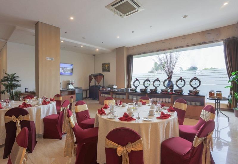 Grand HAP Hotel Solo - Restoran