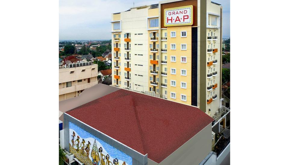 Grand HAP Hotel Solo - Tampilan Luar Hotel
