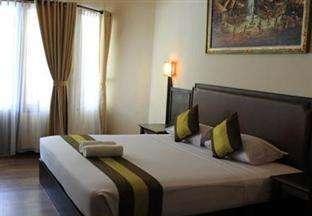 Hotel The Flora Kuta Bali - Deluxe Tempat Tidur Double