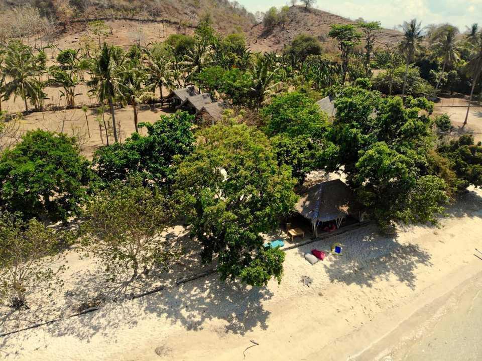 Avatar Raja Bungalow Gili Asahan Sekotong Lombok - view