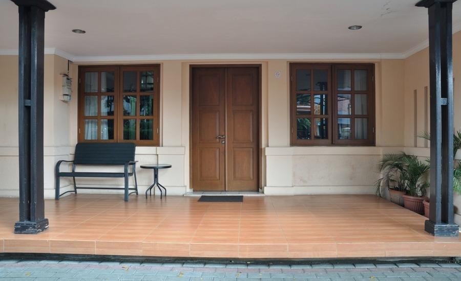 RedDoorz near Riau Street 2 Bandung - Eksterior