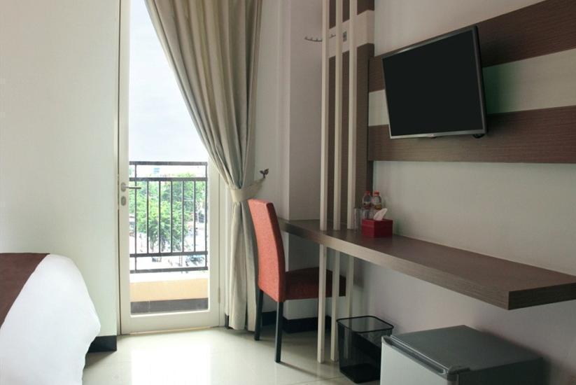 Luxpoint Hotel Surabaya - Interior
