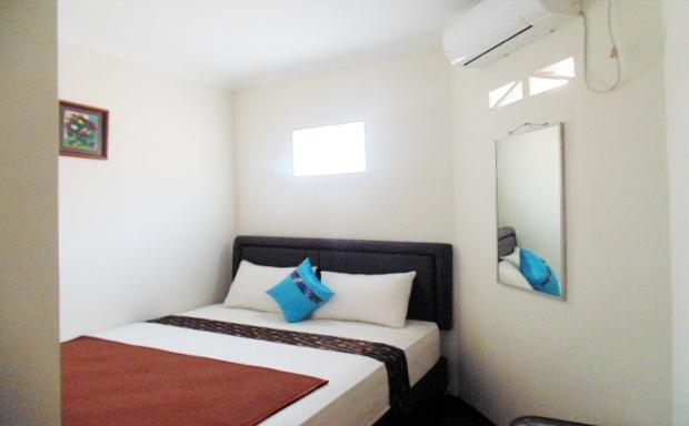 Venice Guest House Bandung - Double Room Private Bathroom Room Only Regular Plan