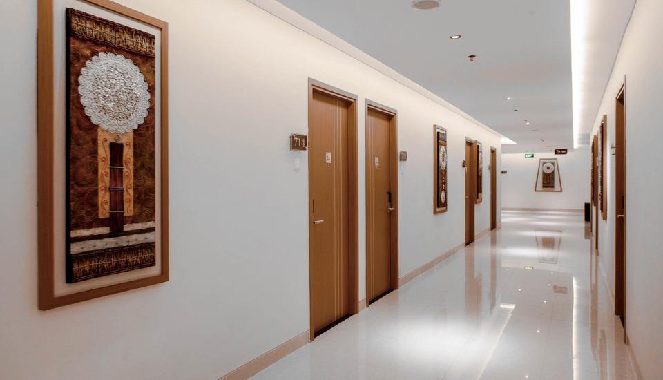 Saka Hotel Premiere by LA'RIZ Medan - Koridor
