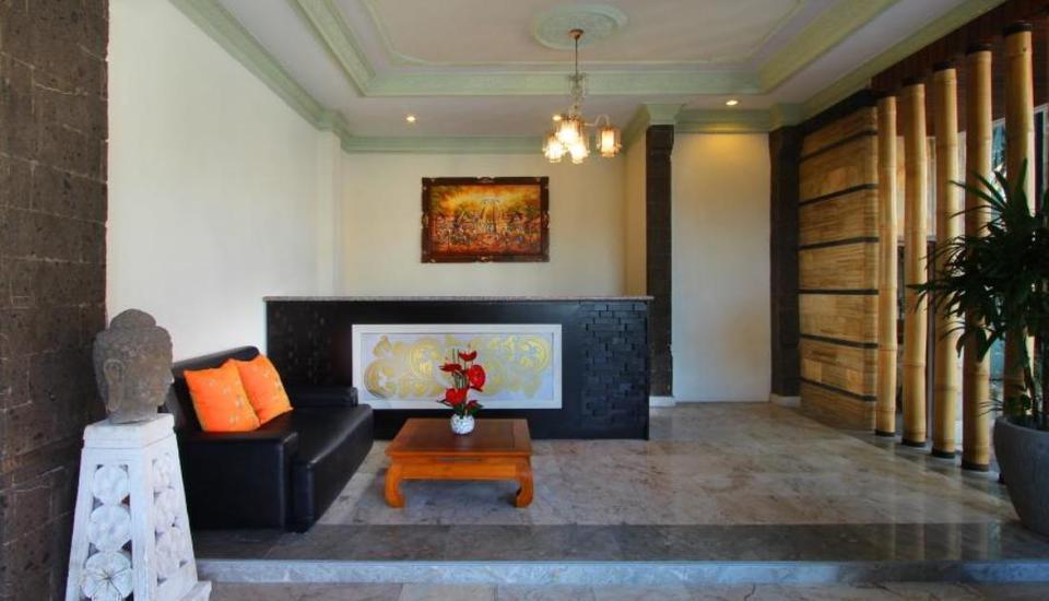 LOTUS Tirta Seminyak  Bali - Resepsionis