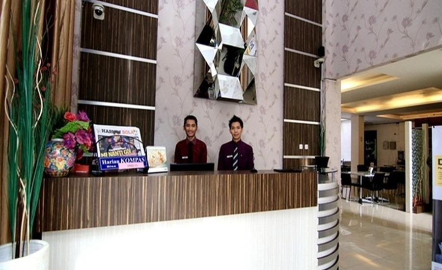 Tinggal Standard at Jalan Natuna Bandung - Resepsionis