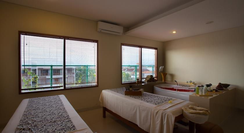 The Sun Hotel Bali - (14/May/2014)