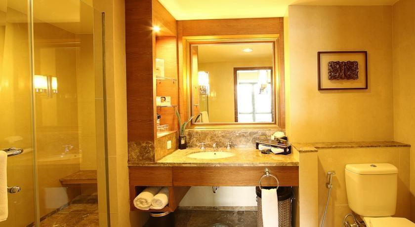 Aryaduta Medan - Kamar mandi