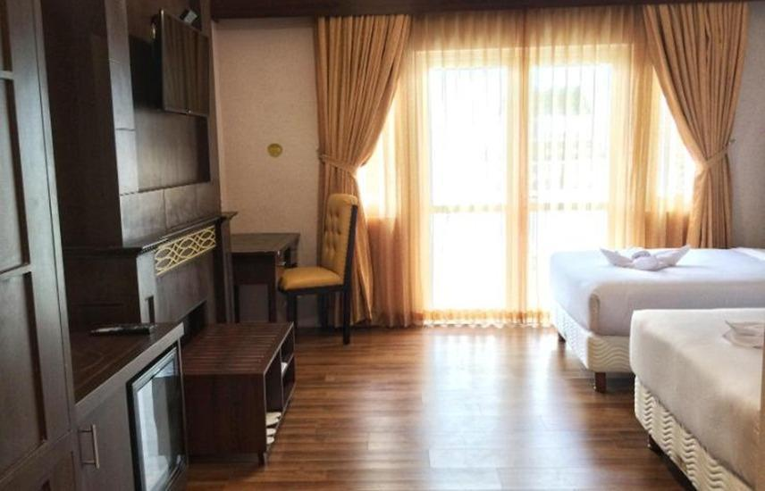 Royal Darmo Malioboro Hotel Yogyakarta - Deluxe Room Twin Bed With Breakfast Regular Plan