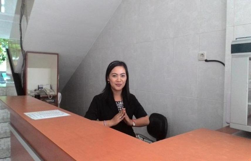 Hotel Surakarta 1 Tulungagung - Resepsionis