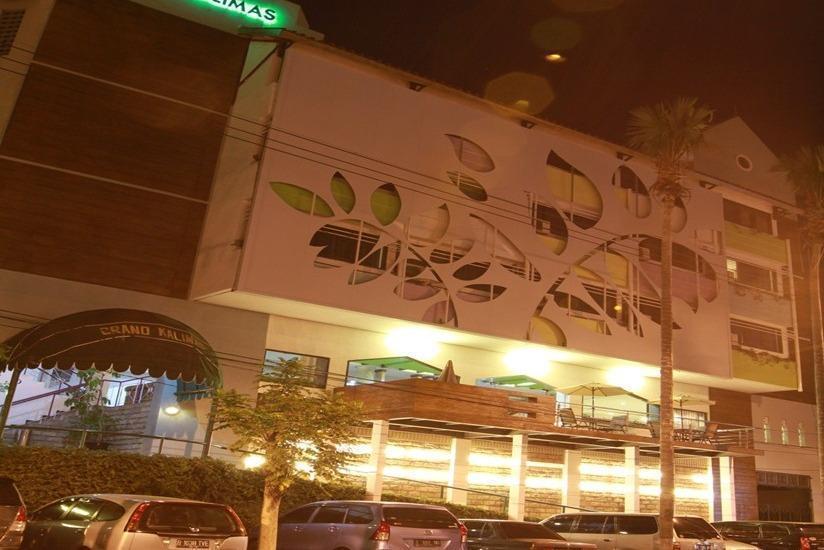 Hotel Grand Kalimas Surabaya - Tampilan Luar Hotel