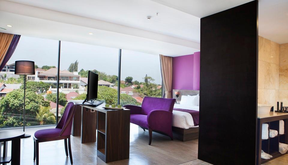 Grand Edge Hotel Semarang - Junior Suite Room