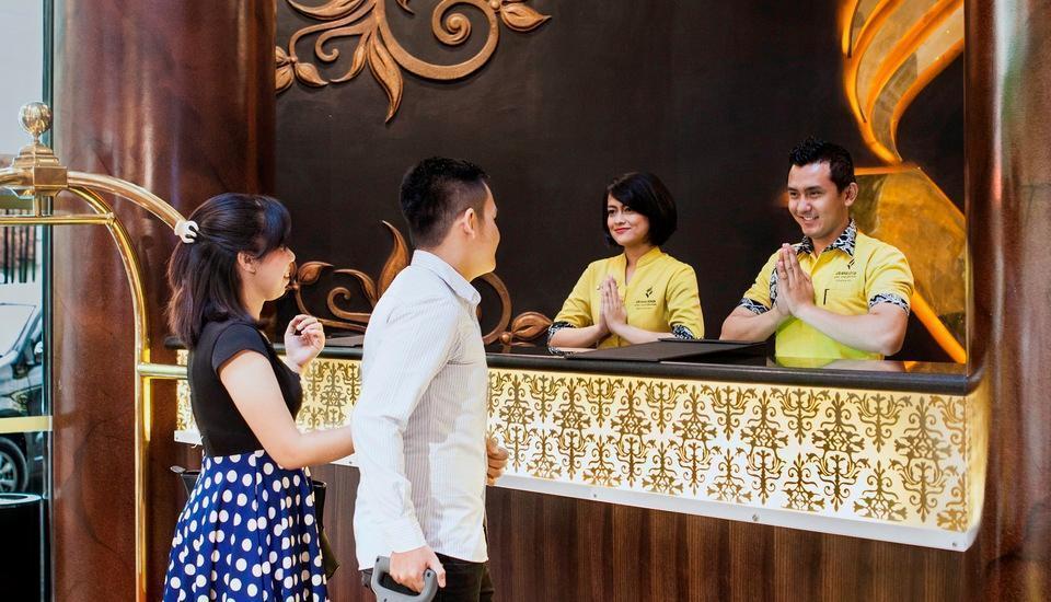 Grand Edge Hotel Semarang - Front Office