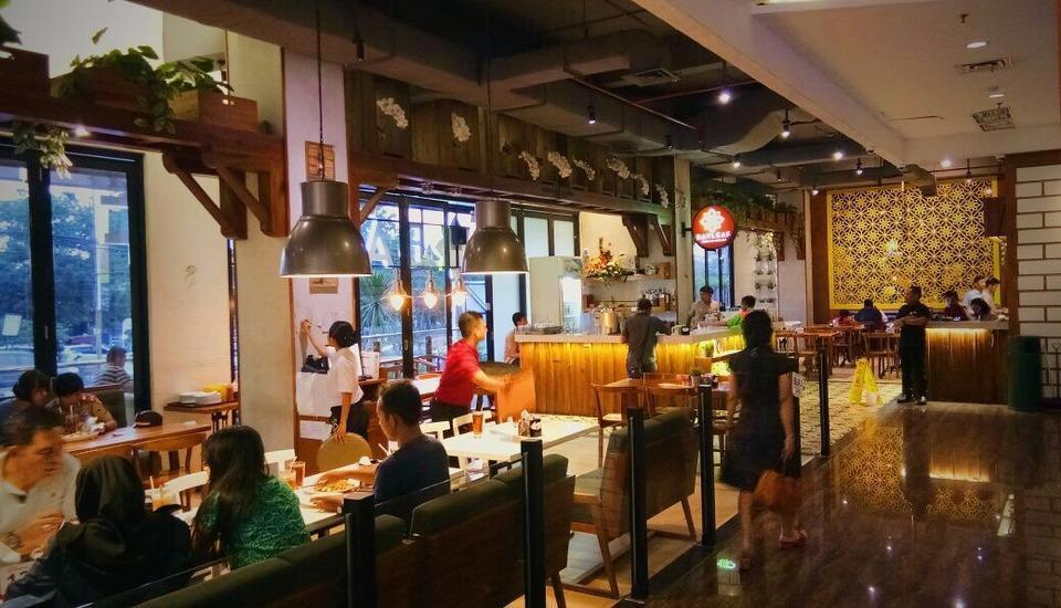 Grand Edge Hotel Semarang - Bayleaf Restaurant