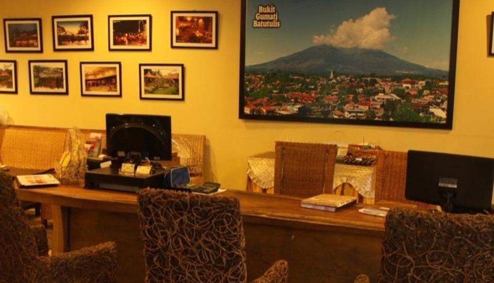 Kyriad Bukit Gumati Bogor - Receptionist