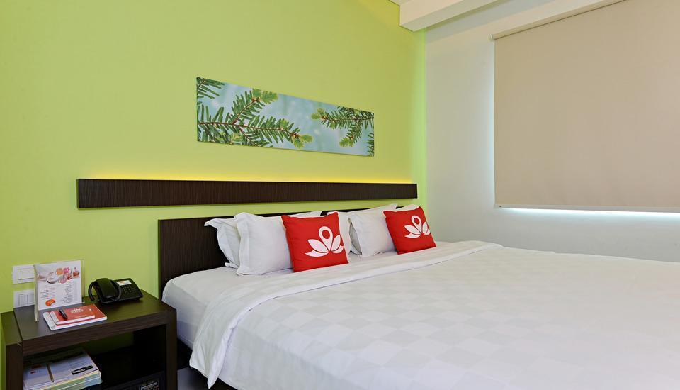ZEN Premium Soepomo 100 Jakarta - Tempat Tidur Double