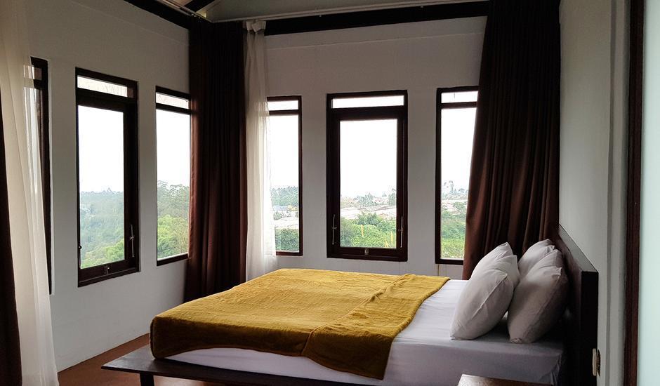 Villa Lavender Istana Bunga Lembang Bandung - Kamar