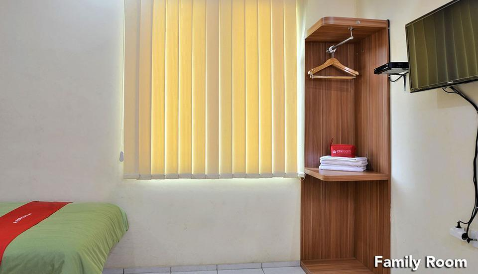 ZEN Rooms Green Apple Tanah Abang - Family Room