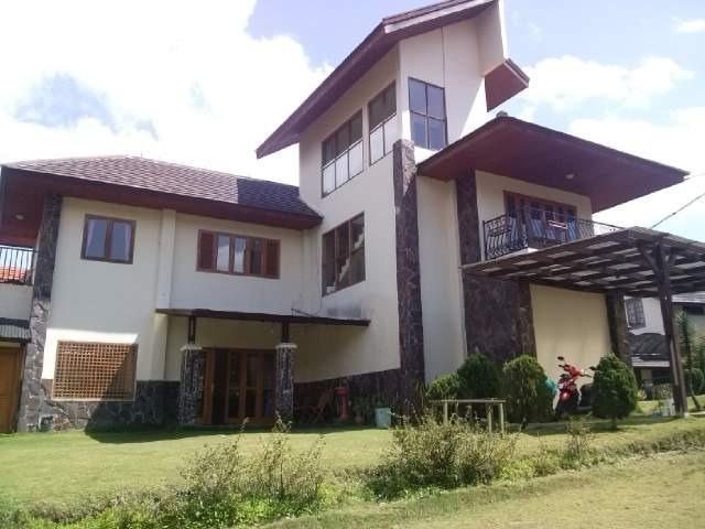 Villa Gracio Bandung - Villa Building